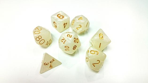 奇幻套骰-珍珠白 1
